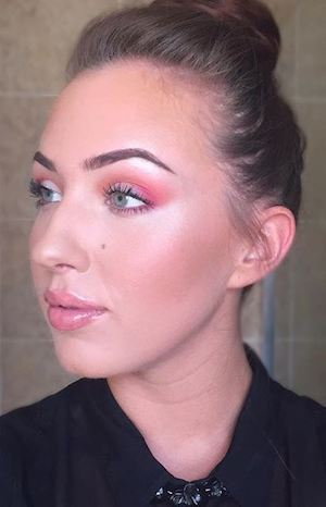 Charlotte Brooks 19 beauty products this makeup artist with psoriasis swears by Healthista